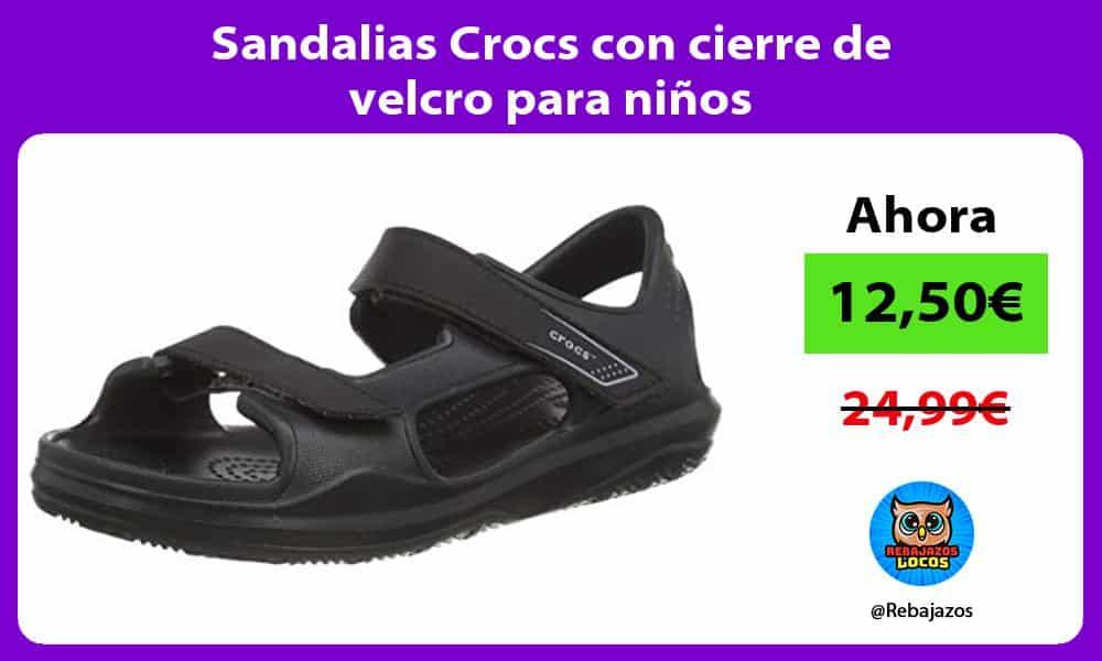 Sandalias Crocs con cierre de velcro para ninos