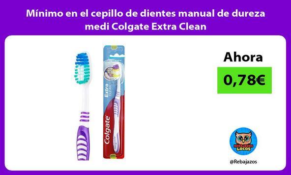 Mínimo en el cepillo de dientes manual de dureza medi Colgate Extra Clean