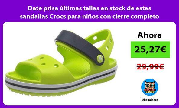Date prisa últimas tallas en stock de estas sandalias Crocs para niños con cierre completo