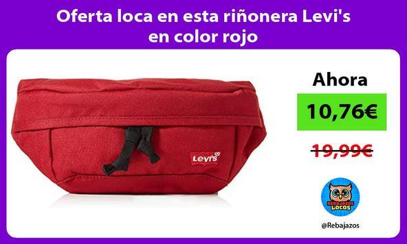 Oferta loca en esta riñonera Levi's en color rojo