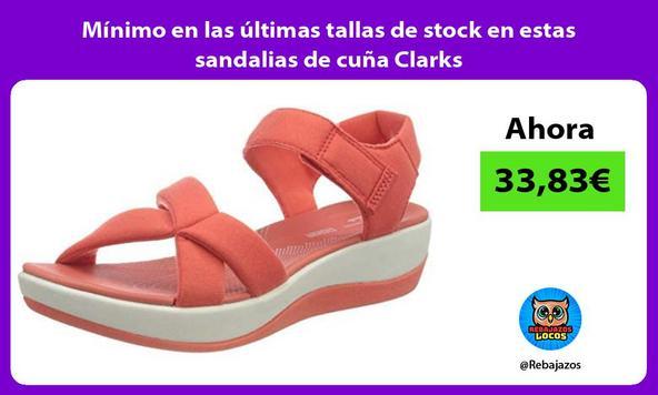 Mínimo en las últimas tallas de stock en estas sandalias de cuña Clarks