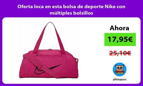 Oferta loca en esta bolsa de deporte Nike con múltiples bolsillos