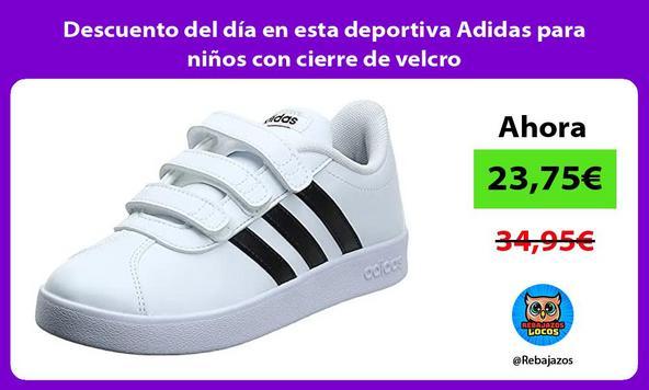 Descuento del día en esta deportiva Adidas para niños con cierre de velcro